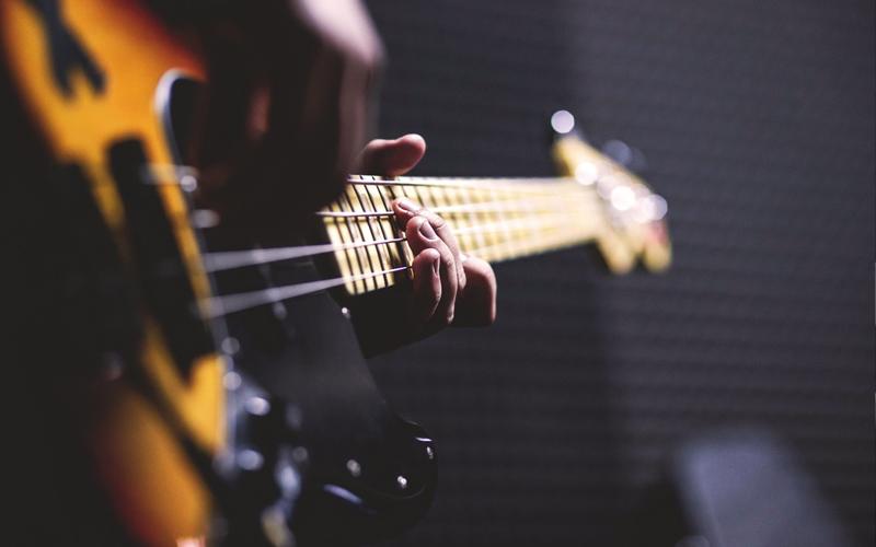 Contrabbasso Jazz e Basso elettrico